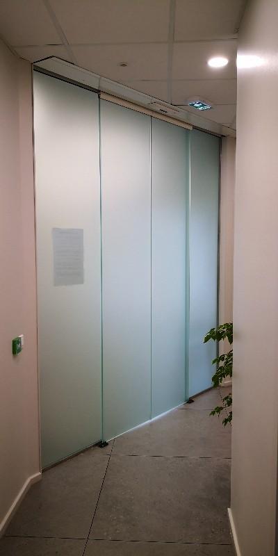 Fabricant de portes automatiques en verre à Aiglun | Miroiterie Dignoise